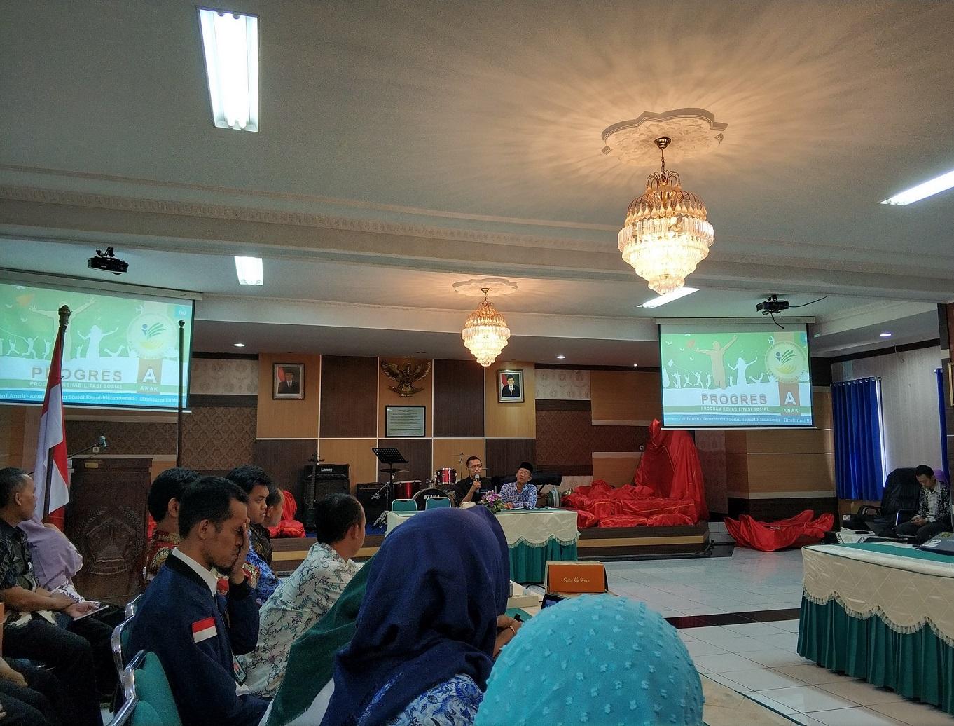Website Resmi Dinas Sosial Kabupaten Kendal Berita